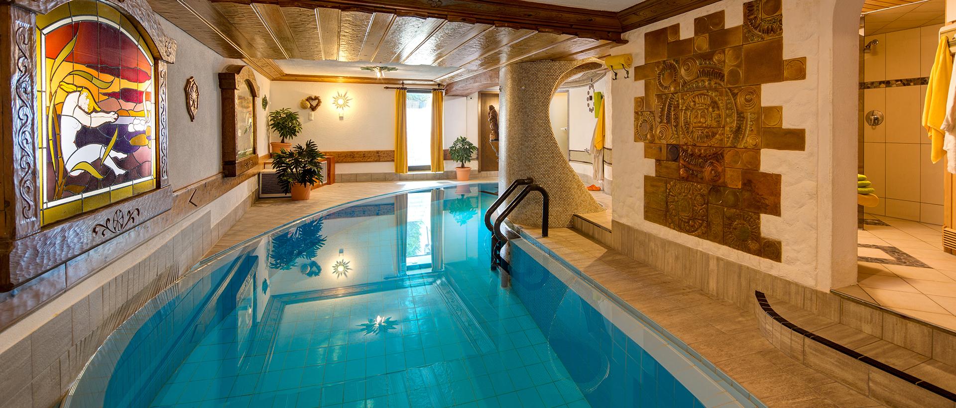 Ferienwohnung mit Hallenbad & Sauna