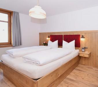 Einzelzimmer mit Dachschräge | 13 qm