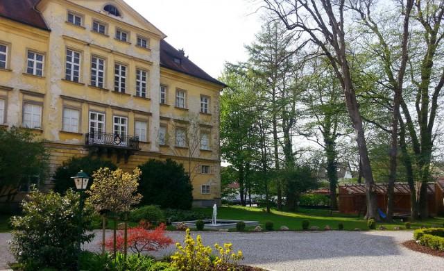 Innenhof des Autenrieder Brauereigasthofs