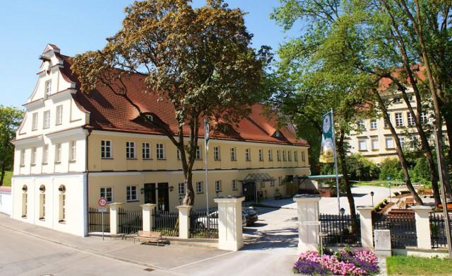 Autenrieder Brauereigasthof im Sommer