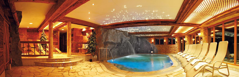 Wohlfühlbereich mit Sauna, Wellness und Schwimmbad