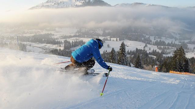 Ski- und Snowboardfahren lernen in der familieneigenen Skischule