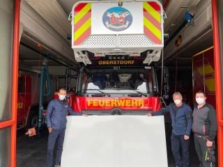Feuerwehr erhält Whiteboard Spende
