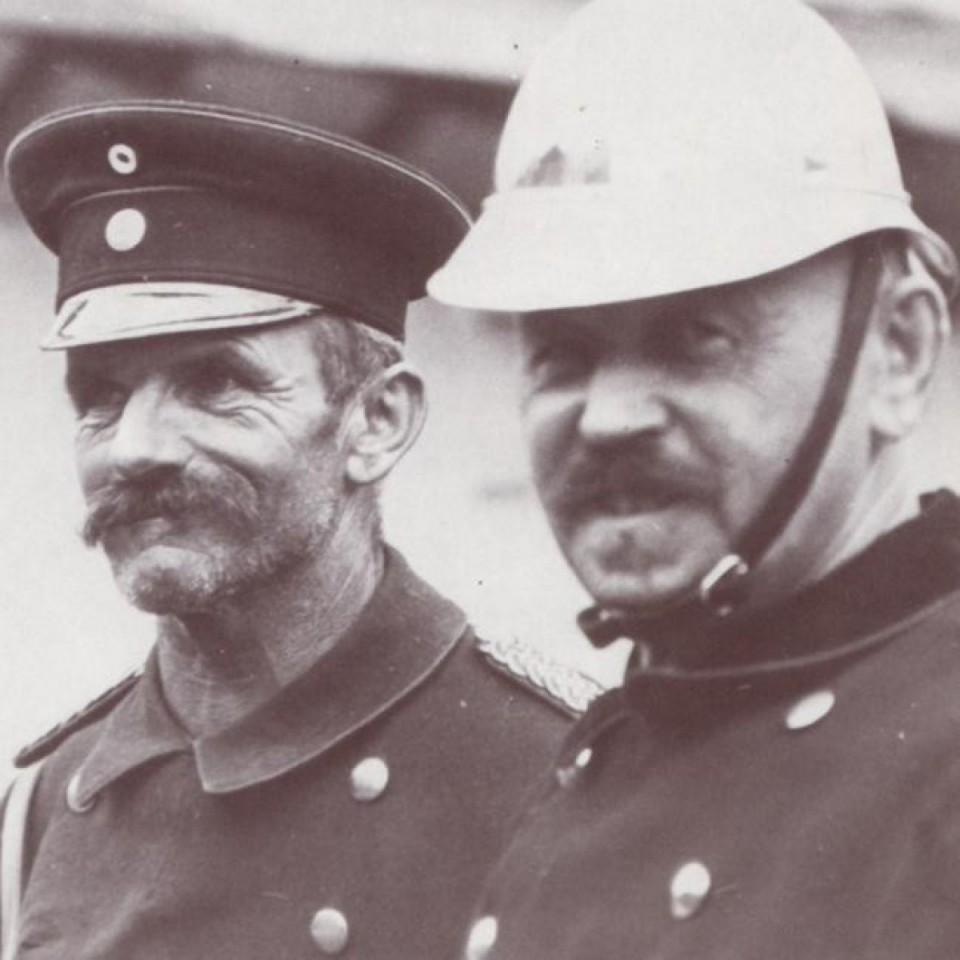 Kommandant Joachim Schratt (re.) <br> Zugführer Leo Schratt (li)