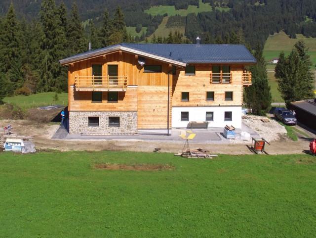 Aufstockung Sanierung Wohngebäude