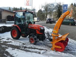 Kubota B3150 mit Weste Schneefräse 4550/1500