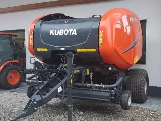 Auslieferung einer Kubota Ballenpresse BF3250