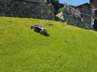 Ein neuer Allrad-Automower wurde eingesetzt.