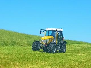 Super Rigi Trac Vorführung in der Schweiz bei der Firma Sepp Knüsel AG und Rigi Trac Traktorenbau AG