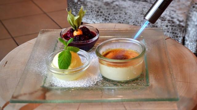 Köstliche Nachspeisen im Restaurant Neue Krone