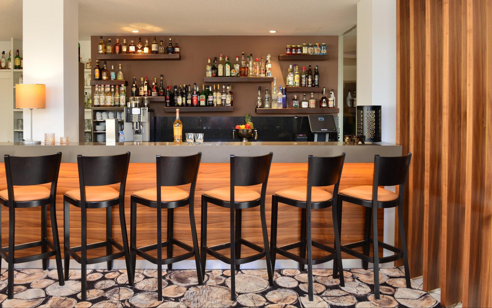 Hotelbar für Hotelgäste aus Langenau & Umgebung