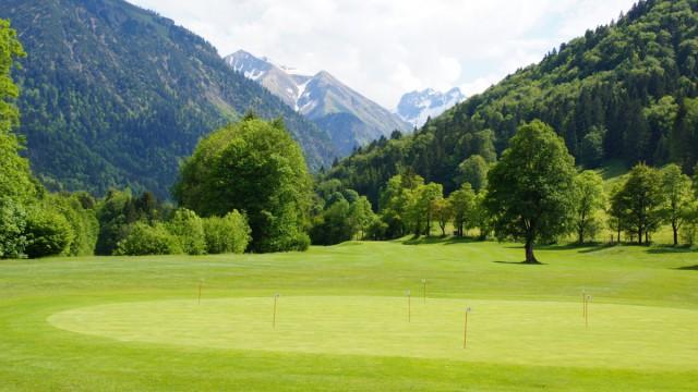 Unser Golfhotel ist direkt in der Nähe vieler Golfplätze