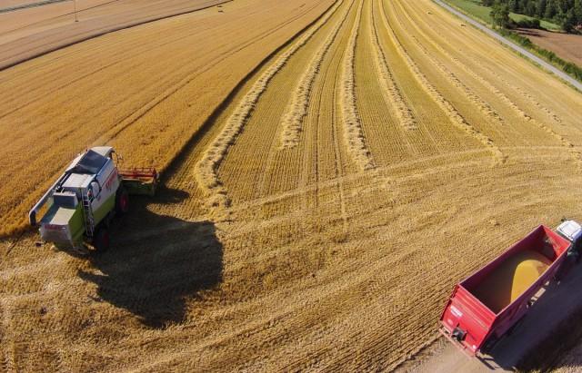 Landmaschinen auf dem Feld