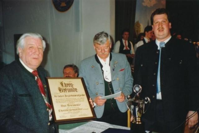 1992 Max Kriesmair wird Ehrenbezirksleiter