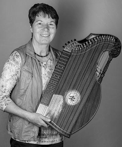 Hanni Beranek<br>Zither