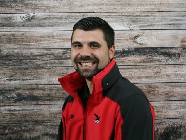 Vincenzo Marcimino | v.marcimino@camping-neuss.de | Shopleitung
