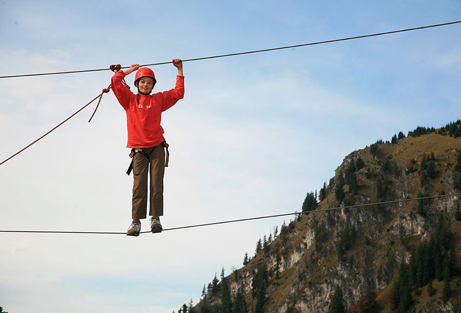 Klettern auf Seilen: Bergabenteuer, Alpine Klettertouren und Schneeschuh Events