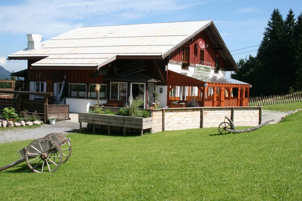 Die Skihütte direkt im Skigebiet von Oberjoch, oberhalb der Iselerbahn