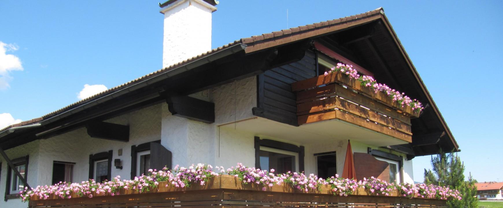 Ganz neu: Unsere Ferienwohnungen sind jetzt mit neuen Bädern, neuen Küchen und neuen Bodenbelägen ausgestattet