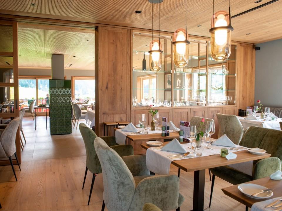 Gemütliches Ambiente im Almhof Rupp Restaurant Riezlern