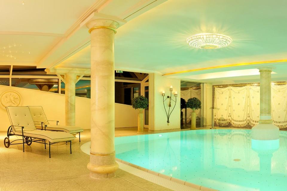 Kleinwalsertal Hotel mit Schwimmbad und Sauna: ein Wellnesstempel für alle Sinne