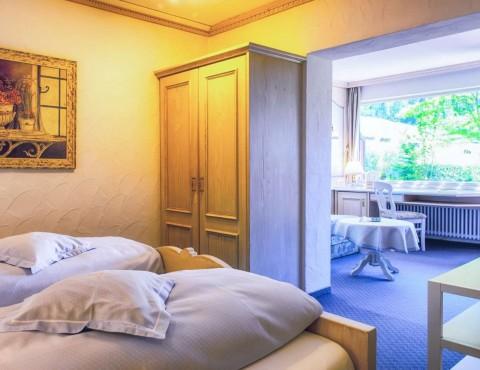Gemütliches Hotelzimmer mitten in den Bergen