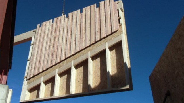 Fertighaus aus Holz - Aufbau & Montage