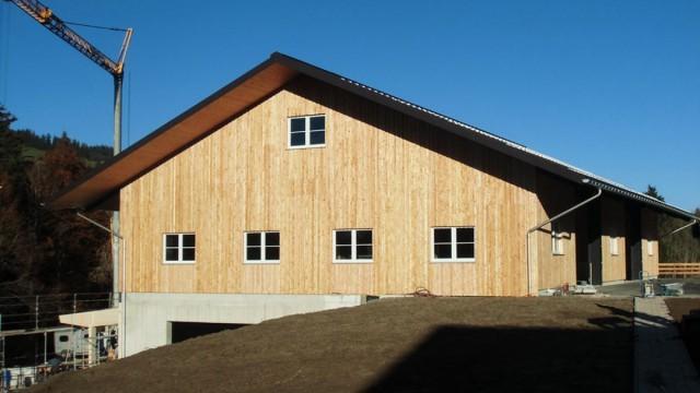 Hallenbau - Überdachung