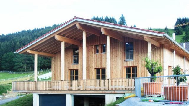 Moderner Massivholzbau aus dem Allgäu, Bayern, für ganz Deutschland