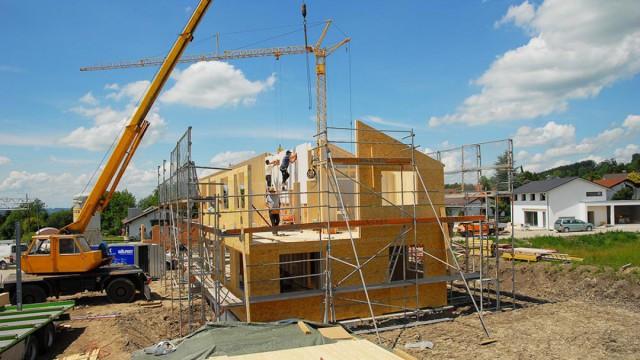 Aufrichten Holzhaus