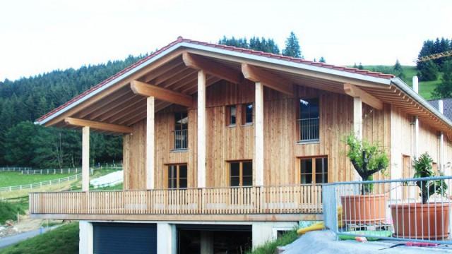 Holzhaus 3 geschossig mit Garage