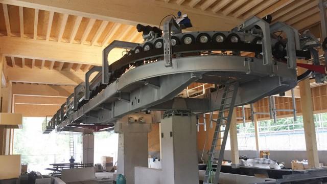 Bau Liftstation aus Holz