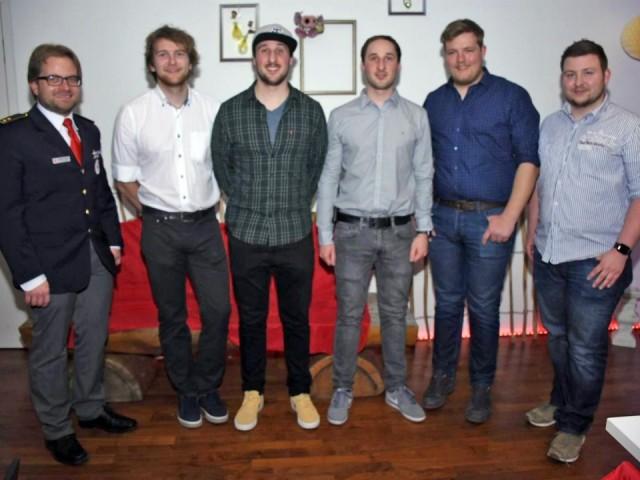 von links: Kreisbereitschaftsleiter Matthias Straub, Patrick Engler, Dominik Schuster, Marco Schuster, Benedikt Fritz und Willis Brandt