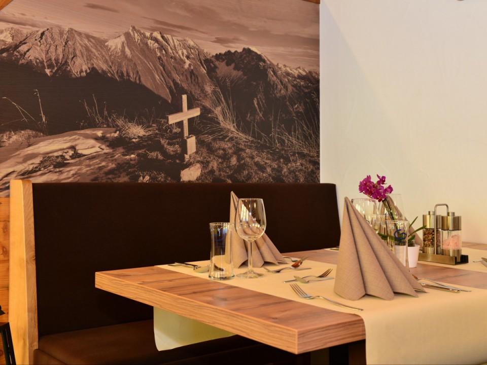 Tisch für 2 Personen Walserblick